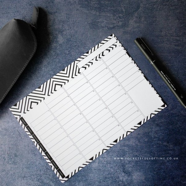 Undated evergreen month ahead planner page printable